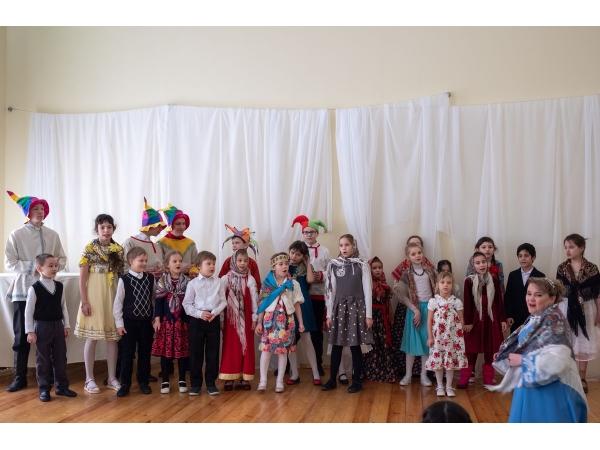 Приходской праздник Масленицы в малом зале КПЦ Дубровицы