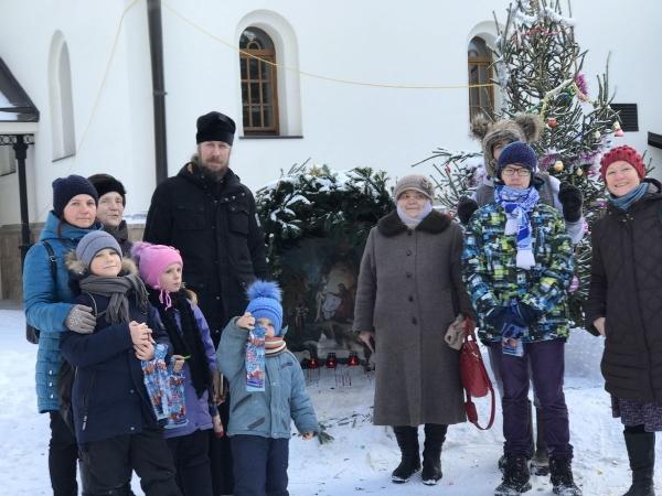 Новогодний праздник в храме Живоначальной Троицы г. Троицка